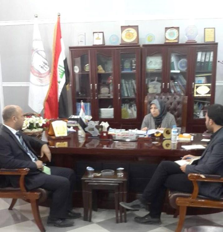 عميد كلية التمريض تلتقي وفد اللجنة البرلمانية لحقوق الانسان
